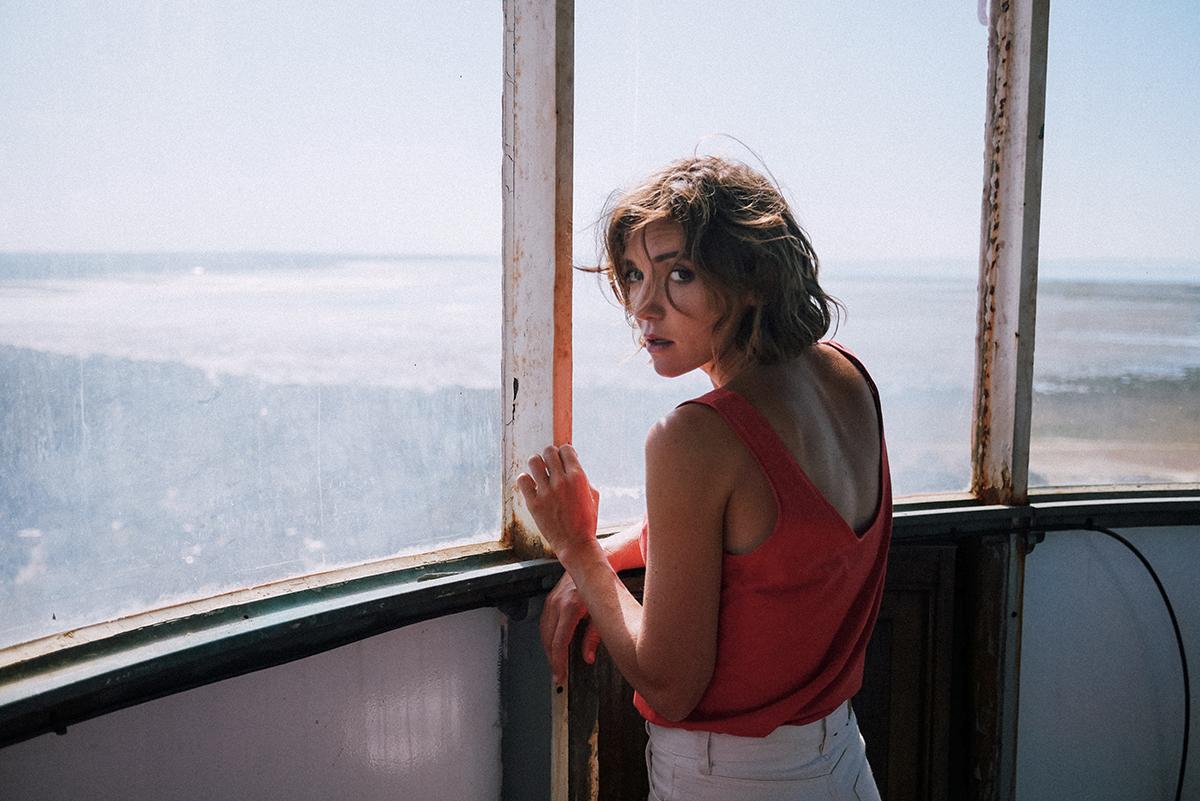 Rencontre avec Clio à l'occasion de la sortie de son album 'L'Amour Hélas'